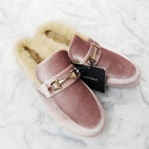 Ellen Tracy|Pink Velvet Fur Line Slip On Loafers